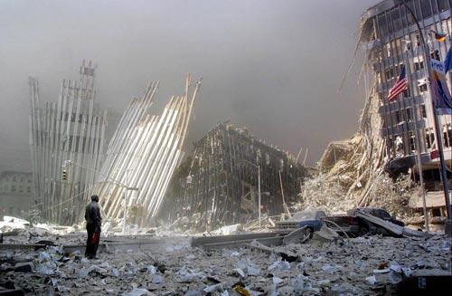 http://blog.mattt.org/images/2009-09-11/wtc_9-11_4.jpg